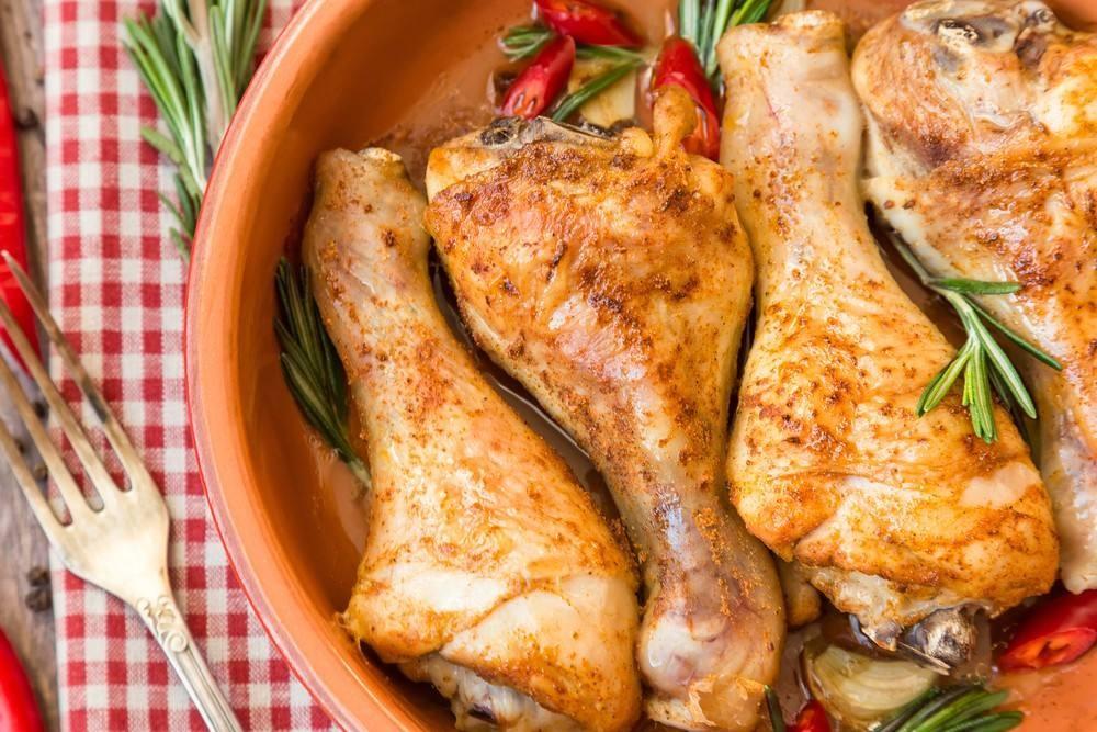 طريقة عمل أفخاذ الدجاج بالروزماري والثوم