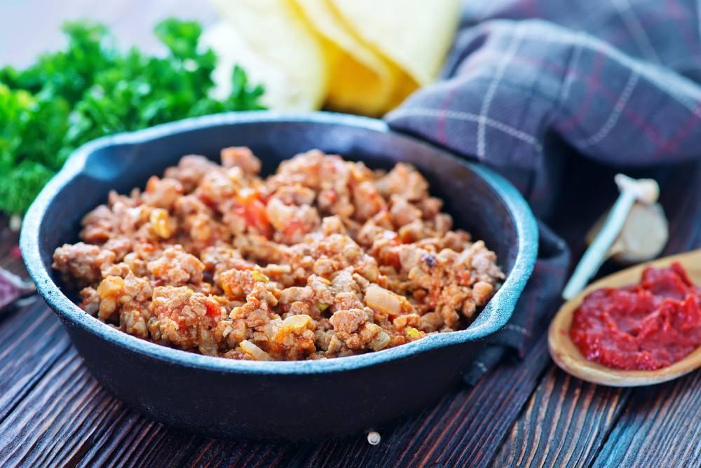 طريقة عمل الأرز باللحم المفروم و البصل
