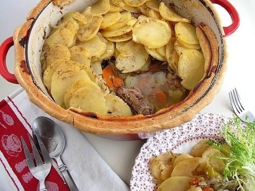 طاجن اللحم بالخضروات