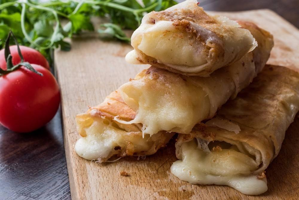 طريقة عمل رولات التورتيلا بالجبن الشيدر