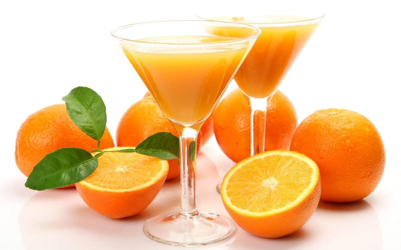 عصير البرتقال بالليمون