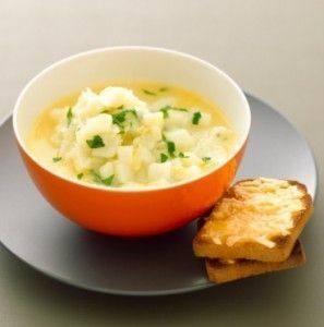 حساء البطاطس والتوست
