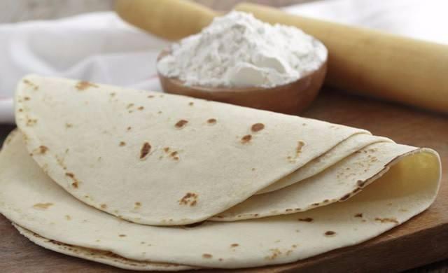 طريقة عمل الخبز السوري في المنزل