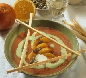 شوربة الطماطم بالبرتقال